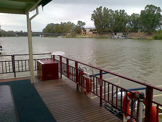 Orlando at Renmark/Paringa   Houseboat Hirers Association