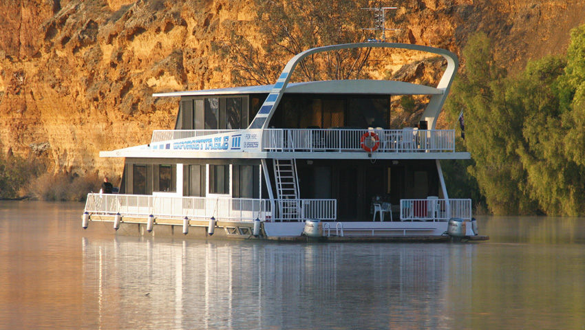 Unforgettable 3 At Mannum Houseboat Hirers Association